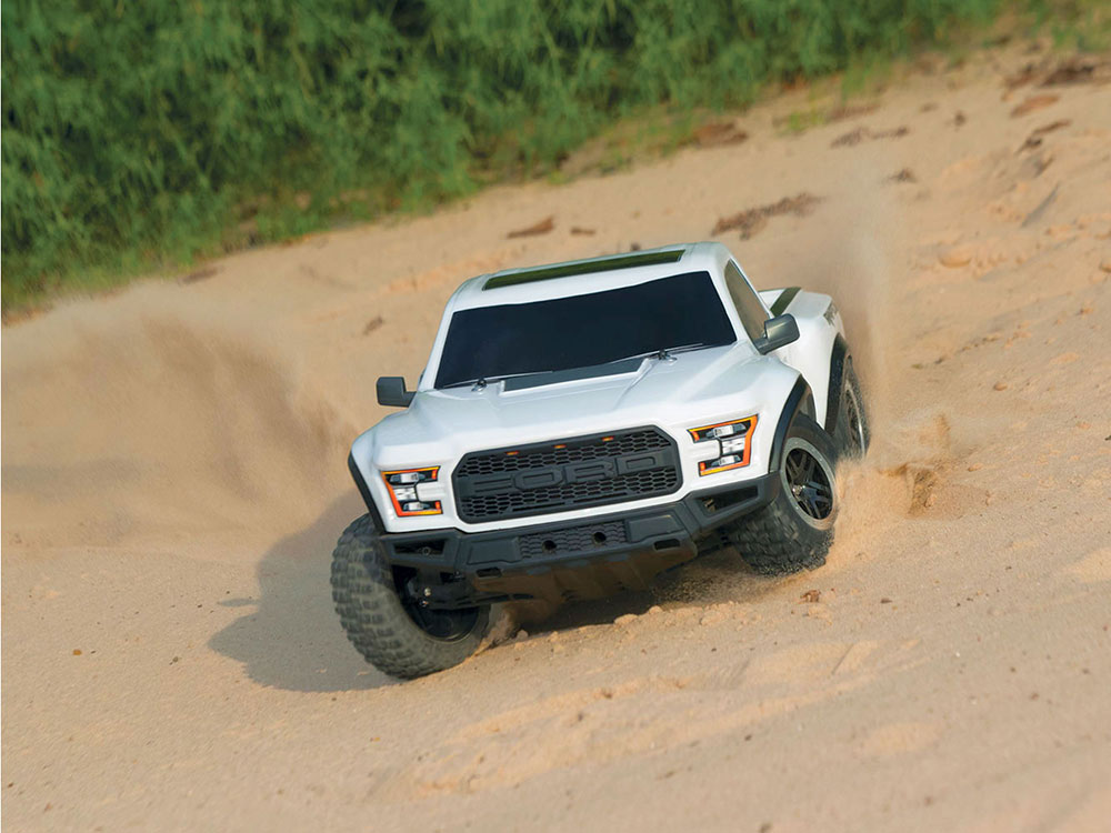 traxxas 2017 ford raptor f150 xl 5 2wd white 58094 1wh ebay. Black Bedroom Furniture Sets. Home Design Ideas