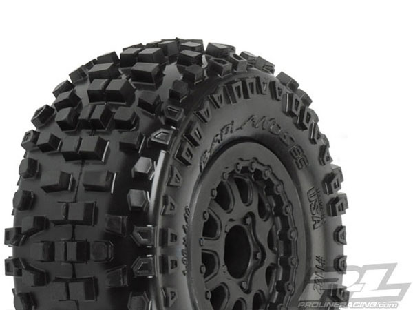 Pro-Line Badlands SC 2.2/3.0 M2 (Medium) Tyres Mounted on Renegade Black Wheels PL1182-13